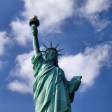 1280px-Liberty-statue-from-below