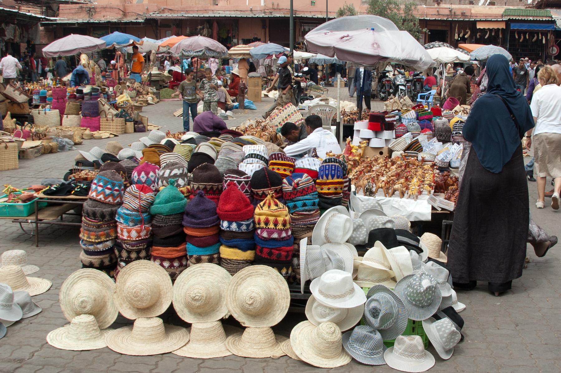 Hats_on_Marrakesh_market